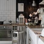 Tablica w kuchni: ciekawa dekoracja czy nudny dodatek?