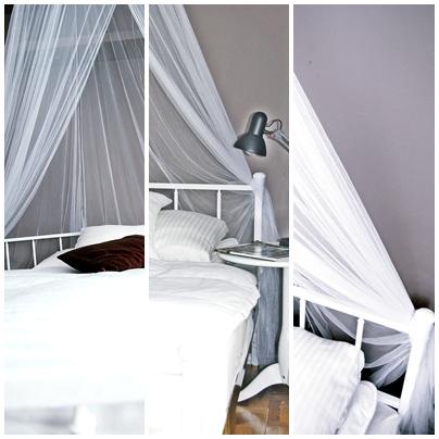 biała rama łóżka