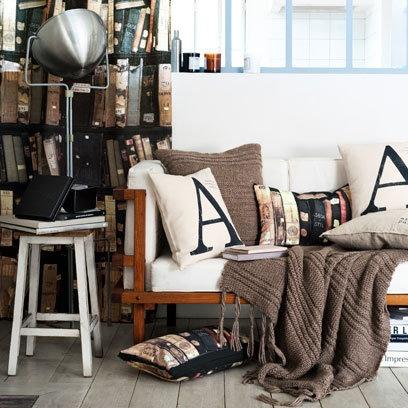 typografia na poduszkach