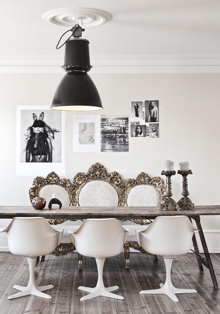 jadalnia w stylu shabby chic,jadalnia vintage,barokowa kanapa,nowoczesne krzesła