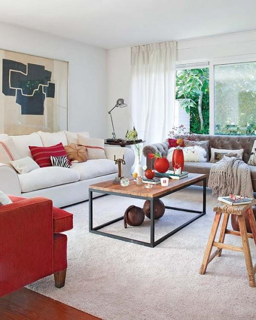 salon w białym, szarym,czerwonym kolorze,stylowe sofy,indstrialny stół,taboret