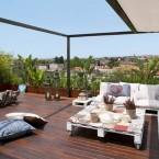 Małe, harmonijne mieszkanie z widokowym tarasem na Barcelonę, czyli wakacyjne zakupy on-line