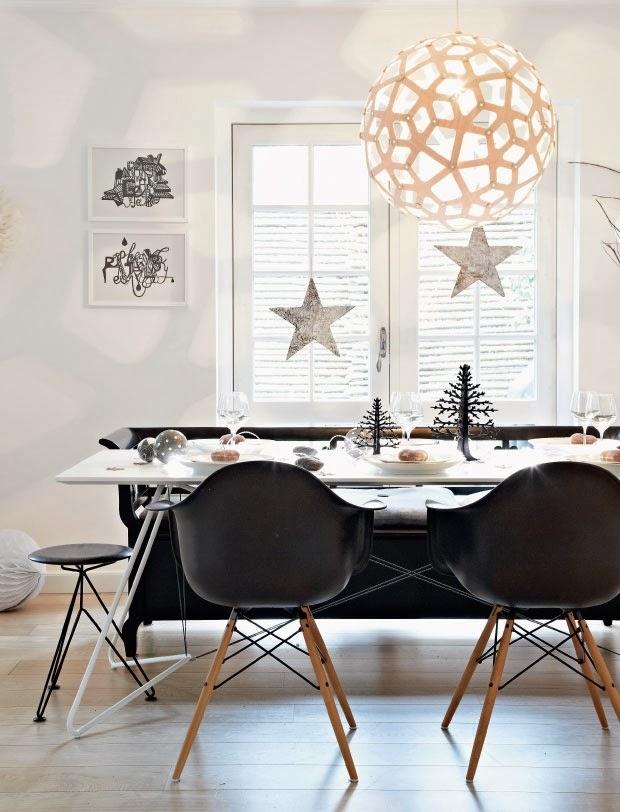 świąteczne ozdoby w jadalni