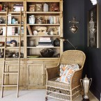 Jak stworzyć przytulne wnętrze z czarnymi ścianami? – czyli pomysłowa aranżacja salonu i nie tylko