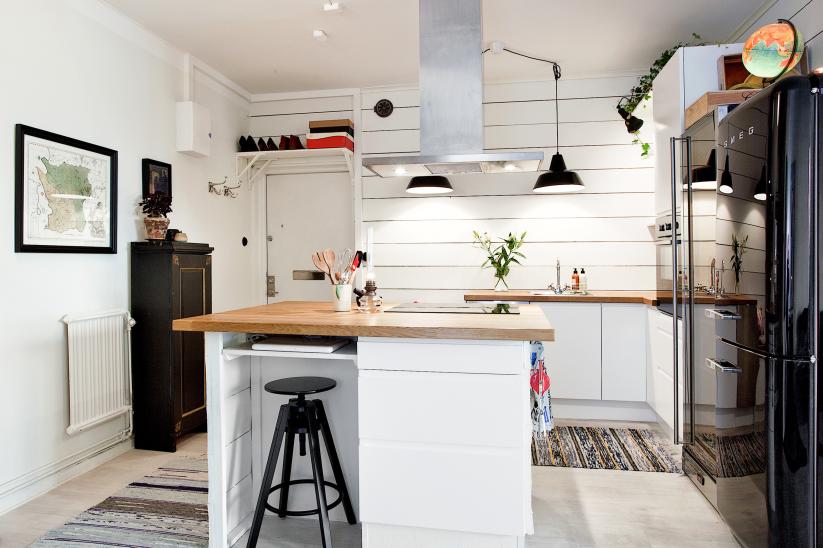 Jak urządzić małą kuchnię z wyspą w kształcie kwadratu? -> Kuchnia Mala Z Wyspą
