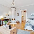 Skandynawska inspiracja na wiosnę, czyli aranżacja z sypialnią w salonie i kolorowym balkonem