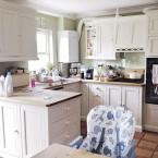Inspirujące before & after kuchni, czyli jak z małego zatłoczonego wnętrza stworzyć komfortową sporą przestrzeń :)