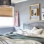 Aranżacja uroczego mieszkania w bieli, pastelach i szarości z bardzo oryginalnymi rozwiązaniami w drewnie :)