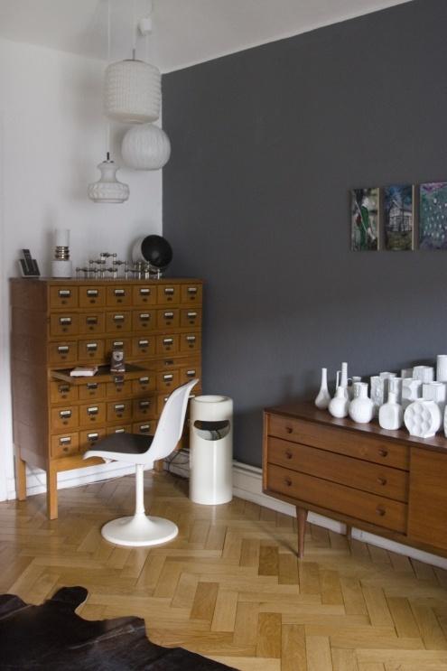 Szare ciany w pokoju w po czeniu z br zem czenie for Gama grises pintura paredes