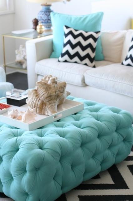 Pikowana Sofa W Salonie