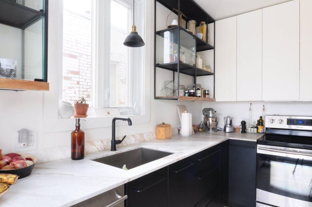 Jak zaaran owa bialo czarna kuchni for Cocina negra ikea